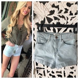 Forever 21 light denim high waisted short 25